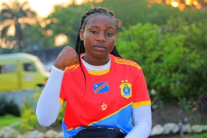 Deborah, uma jovem professora de Capoeira (DR)
