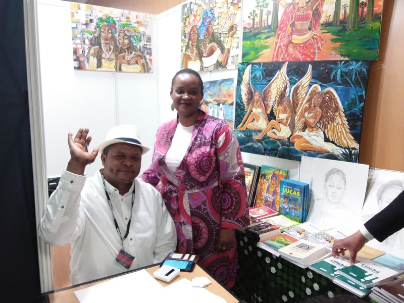 Congo Na Paris stand Art
