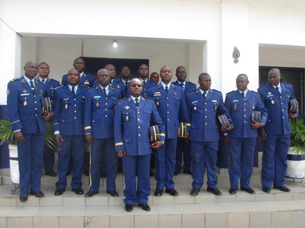 Gendarmerie les commandants d unit s et officiers d tat - Grille indiciaire officier de gendarmerie ...