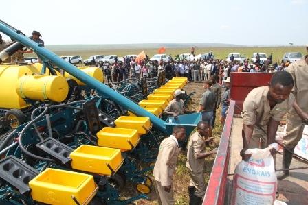 Bukanga-Lonzo : les premiers maïs industriels « made in DRC » sur le marché dès mars 2015 | adiac-congo.com : toute l'actualité du Bassin du Congo