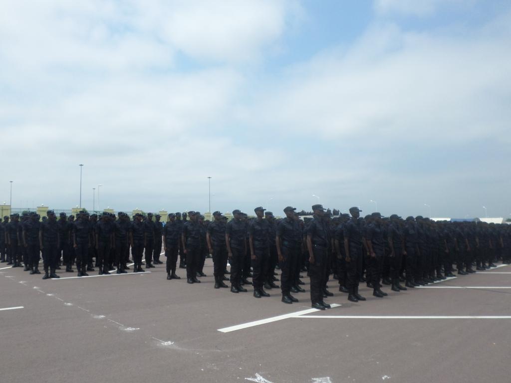 Force Publique Plus De 1000 L Ves Gendarmes Portent Les
